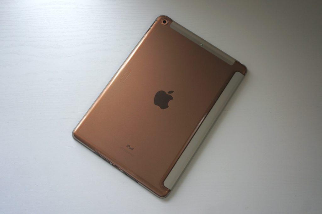 ESR iPad 第7世代 ケース